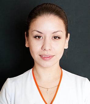 Анна Козловська — лікар дерматолог, косметолог-естетист